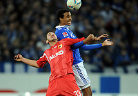 v.l. Sascha Moelders, Joel Matip (Schalke)<br /> Bundesliga, FC Schalke 04 - FC Augsburg 3:1<br /> <br /> Norway only