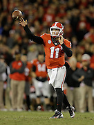 ATHENS, GA - NOVEMBER 23:  Quarterback Aaron Murray #11 of the Georgia Bulldogs throws a pass during the game against the Kentucky Wildcats at Sanford Stadium on November 23, 2013 in Athens, Georgia.  (Photo by Mike Zarrilli/Getty Images)