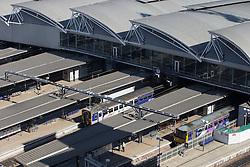 © Licensed to London News Pictures . 06/04/2015 . Leeds , UK . GV of Leeds Railway Station in central Leeds . Photo credit : Joel Goodman/LNP
