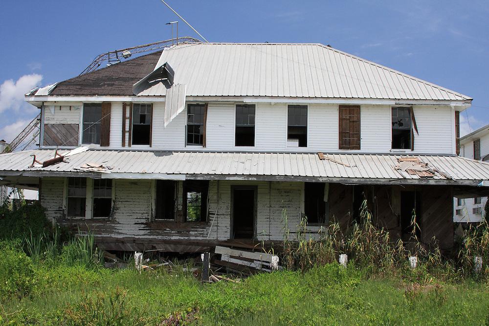 Ruins of Associated Branch Pilots House, Pilottown, LA