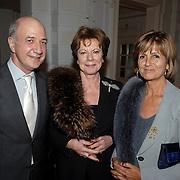 NLD/Amsterdam/20070304 - Modeshow Frans Molenaar voorjaar 2007, Wubbo ockels, Neelie Kroes en Sylvia Töth