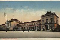 Zagreb : Glavni kolodvor. <br /> <br /> ImpresumZagreb : Naklada razglednica, tiskara, knjižara i papirnica St. Kugli, [1933].<br /> Materijalni opis1 razglednica : tisak ; 9 x 14 cm.<br /> NakladnikKnjižara Stjepan Kugli (Zagreb)<br /> Mjesto izdavanjaZagreb<br /> Vrstavizualna građa • razglednice<br /> ZbirkaGrafička zbirka NSK • Zbirka razglednica<br /> Formatimage/jpeg<br /> PredmetZagreb –– Trg kralja Tomislava<br /> SignaturaRZG-TOM-39<br /> Obuhvat(vremenski)20. stoljeće<br /> NapomenaRazglednica je putovala 1933. godine.<br /> PravaJavno dobro<br /> Identifikatori000953680<br /> NBN.HRNBN: urn:nbn:hr:238:313497 <br /> <br /> Izvor: Digitalne zbirke Nacionalne i sveučilišne knjižnice u Zagrebu