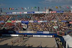 25-06-2009 VOLLEYBAL: WK BEACHVOLLEYBAL: STAVANGER<br /> Publiek support in een volgepakt Center court, vlaggen banieren<br /> ©2009-WWW.FOTOHOOGENDOORN.NL / Peter Schalk