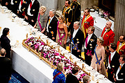 Staatsbezoek aan Nederland van Zijne Majesteit Koning Filip der Belgen vergezeld door Hare Majesteit Koningin <br /> Mathilde aan Nederland.<br /> <br /> State Visit to the Netherlands of His Majesty King of the Belgians Filip accompanied by Her Majesty Queen<br /> Mathilde Netherlands<br /> <br /> op de foto / On the photo: Staatsbanket in Koninklijk Paleis Amsterdam  met koning Willem Alexander, koningin Maxima, de Belgische koning Filip, koningin Mathilde, prinses Beatrix, prins Constantijn, prinses Laurentien, prinses Margriet en Pieter Van Vollenhoven  ////  State Banquet at the Royal Palace in Amsterdam with King Willem Alexander, Queen Maxima, the Belgian King Philip, Queen Mathilde, Princess Beatrix, Prince Constantijn, Princess Laurentien, Princess Margriet and Pieter Van Vollenhoven
