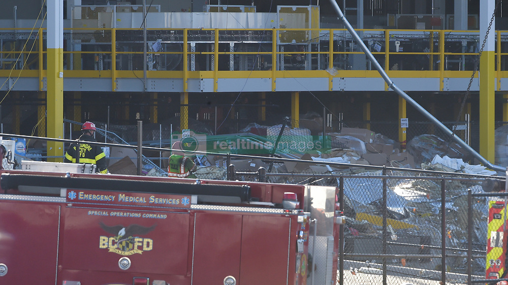November 3, 2018 - Baltimore, MD, USA - Exterior of the building where the damage occurred at the Amazon Fulfillment Center after a possible tornado Friday night, Nov. 3, 2018 in Baltimore, Md. (Credit Image: © Ulysses Munoz/Baltimore Sun/TNS via ZUMA Wire)