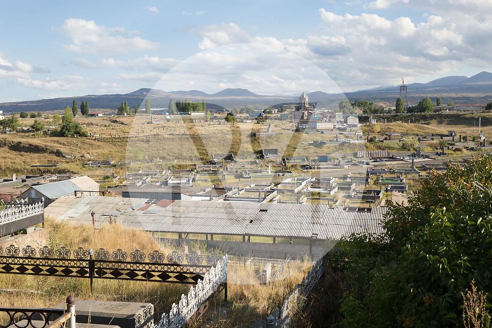ARMENIEN - SEVAN - Friedhof - 03. September 2019 © Raphael Hünerfauth - http://huenerfauth.ch