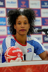 03-12-2019 JAP: Netherlands - Cuba, Kumamoto<br /> Third match 24th IHF Women's Handball World Championship, Netherlands win the third match against Cuba with 51- 23. / Yunisleidy Camejo Rodriguez #11 of Cuba