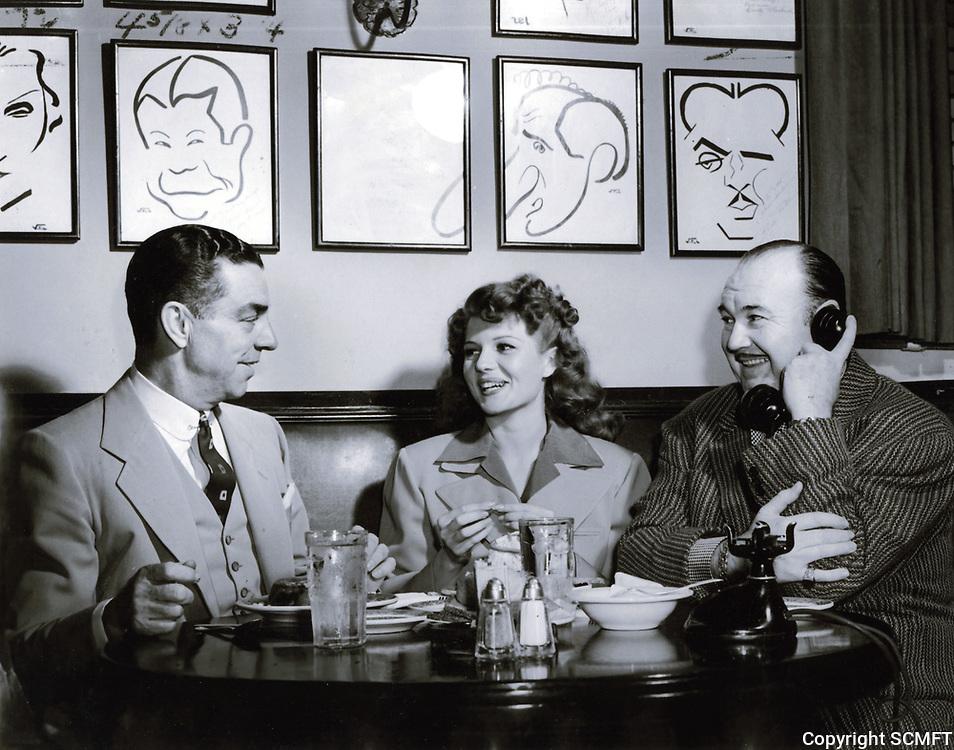 1949 (L to R) Robert Cobb, Rita Hayworth & Paul Whitman at the Hollywood Brown Derby restaurant