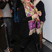 NLD/Amsterdam/20120420 - Show Joan Collins, vriendin Patty Brard