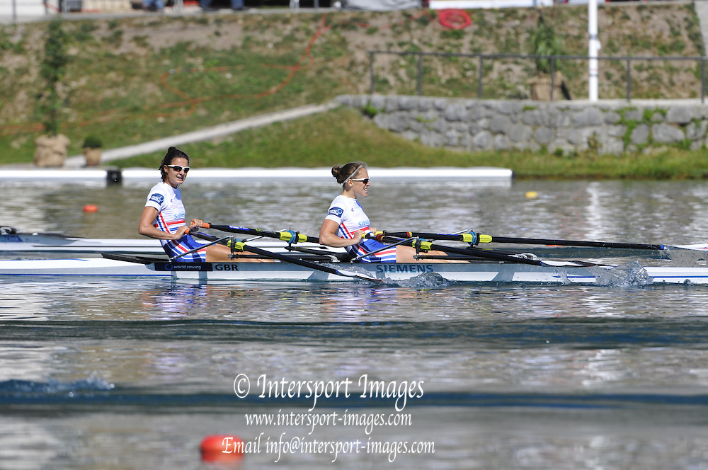 Bled, SLOVENIA. GBR LW2X. Bow Hester GOODSELL and Sophie HOSKING, Semi finals.  2011 FISA World Rowing Championships, Lake Bled. Saturday  03/09/2011  [Mandatory Credit;  Intersport Images]