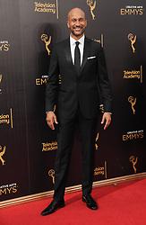 Keegan Michael Key bei der Ankunft zur Verleihung der Creative Arts Emmy Awards in Los Angeles / 110916 <br /> <br /> *** Arrivals at the Creative Arts Emmy Awards in Los Angeles, September 11, 2016 ***