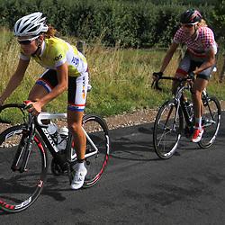 Boels Rental Ladies Tour Bunde-Valkenburg Lizzy Armitstead, Ellen van Dijk on the Eyserbos
