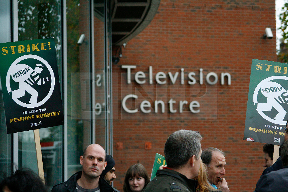 .NUJ Members of BBC Staff Strike outside Television Centre, Wood Green London. © under license to London News Pictures.