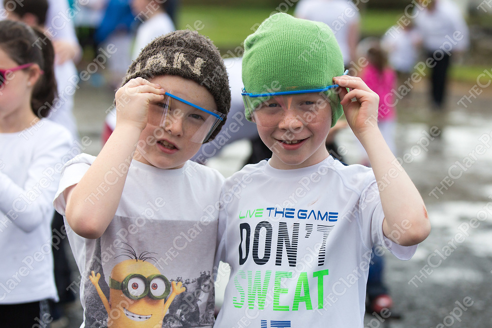 Robbie O'Connor and Senan Downes from Kiilmihil getting ready for the Colour run