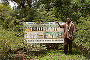 Burkina Faso, Plateau Central. Responsible citizens work with the World Bank funded Programme National de Gestion des Terroirs to protect the forests and promote reforestation.