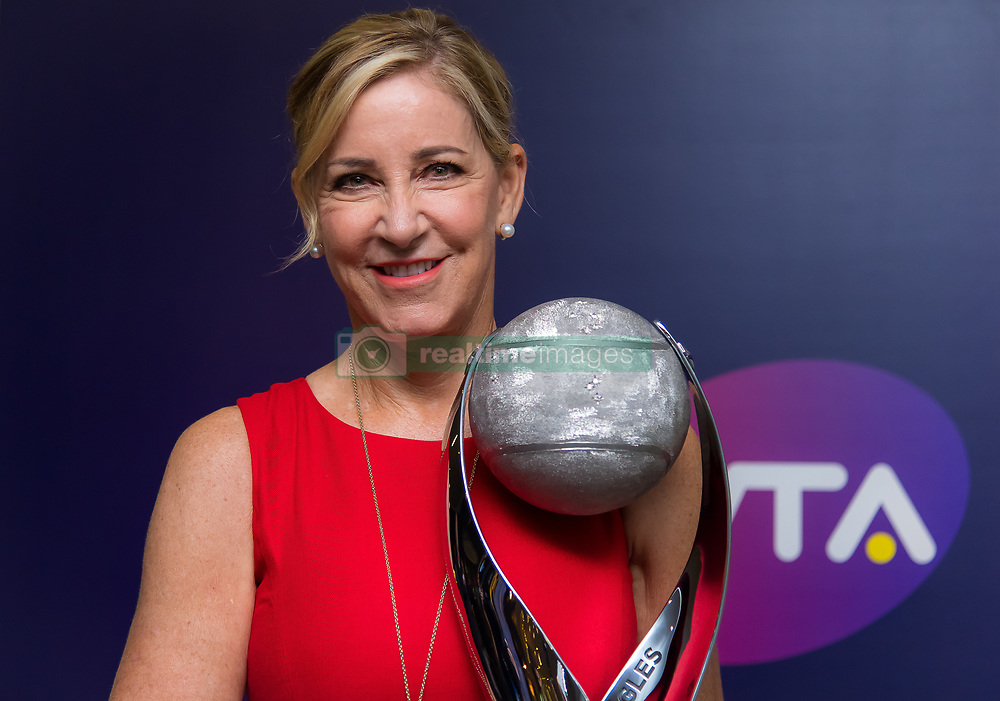 October 26, 2018 - Kallang, Singapore - CHRIS EVERT poses with the WTA Year End No.1 Trophy that has been named in her honor at the 2018 WTA Finals tennis tournament in Singapore. (Credit Image: © AFP7 via ZUMA Wire)