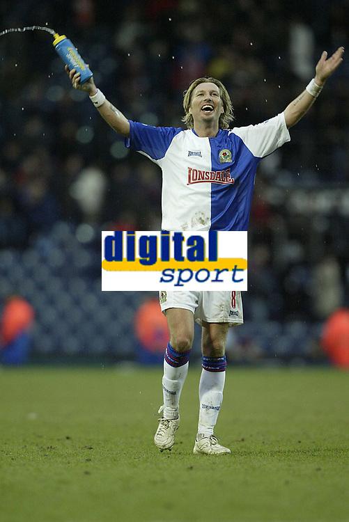 Photo: Aidan Ellis.<br /> Blackburn Rovers v Arsenal. The Barclays Premiership. 25/02/2006.<br /> Blackburn's Robbie Savage enjoys victory at the end
