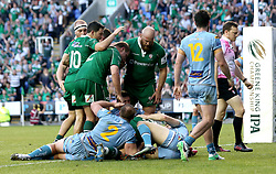 London Irish celebrate Fergus Mulchrone of London Irish scoring a try - Mandatory by-line: Robbie Stephenson/JMP - 24/05/2017 - RUGBY - Madejski Stadium - Reading, England - London Irish v Yorkshire Carnegie - Greene King IPA Championship Final 2nd Leg