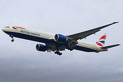 London Heathrow, January 24th 2016 British Airways Boeing 777-300 G-STBE lands at London Heathrow. ///FOR LICENCING CONTACT: paul@pauldaveycreative.co.uk TEL:+44 (0) 7966 016 296 or +44 (0) 20 8969 6875. ©2016 Paul R Davey. All rights reserved.