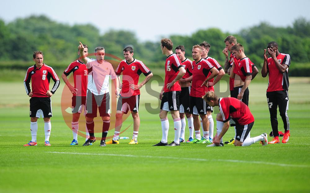 Bristol City's new assistant manager, John Pemberton talks to the squad - Photo mandatory by-line: Dougie Allward/JMP - Tel: Mobile: 07966 386802 27/06/2013 - SPORT - FOOTBALL - Bristol -  Bristol City - Pre Season Training - Npower League One
