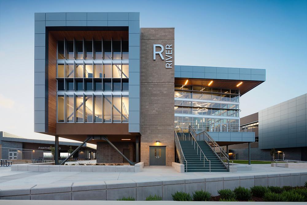 Image of West Park High School in Roseville, CA