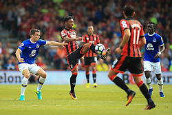 Jordon Ibe of Bournemouth clears the ball under pressure - Mandatory by-line: Jason Brown/JMP - 24/09/2016 - FOOTBALL - Vitality Stadium - Bournemouth, England - AFC Bournemouth v Everton - Premier League