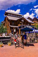 Mountain bikers, Snowmass Village (Aspen), Colorado USA.