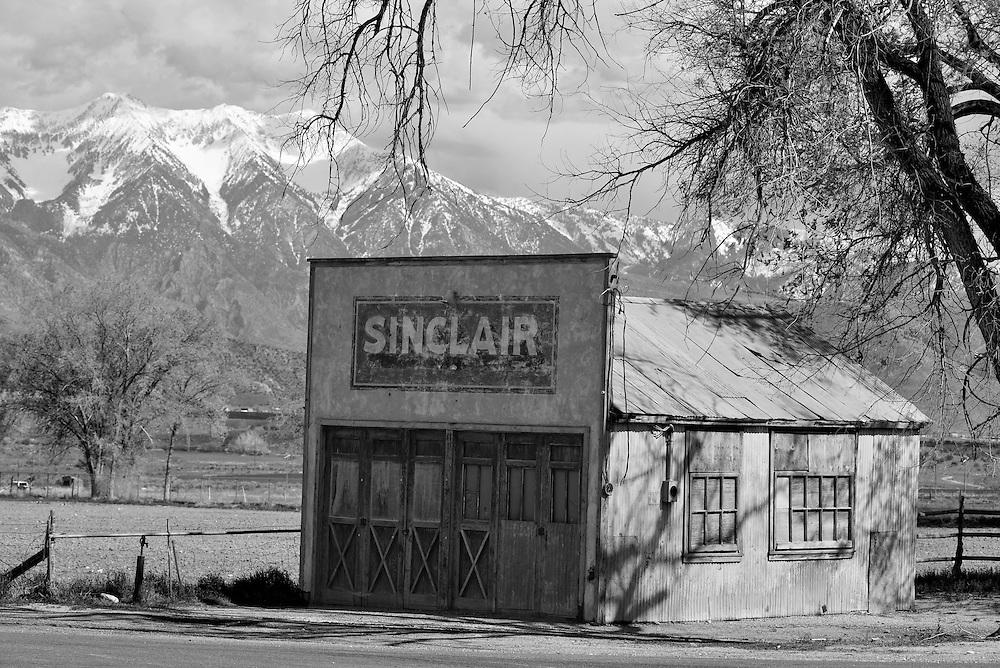 Old Sinclair gas station in Elberta, Utah.