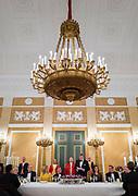 Officieel bezoek Jordanie aan Nederland - Dag 1<br /> <br /> Diner op Paleis Noordeinde ter gelegenheid van het officiele bezoek van Koning Abdullah II, koningin Rania van Jordanie aan Koning Willem-Alexander, Koningin Maxima.<br /> <br /> Official visit Jordan to the Netherlands - Day 1<br /> <br /> Dinner at Noordeinde Palace on the occasion of the official visit of King Abdullah II, Queen Rania of Jordan to King Willem-Alexander, Queen Maxima.