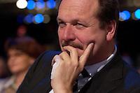 21 MAR 2004, BERLIN/GERMANY:<br /> Frank Bsirske, Vorsitzender Vereinte Dienstleistungsgesellschaft, ver.di, außerordentlicher SPD-Bundesparteitag, Estrel Convention Center<br /> IMAGE: 20040321-01-067<br /> KEYWORDS: Parteitag, party congress,