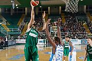 DESCRIZIONE : Avellino Lega A 2015-16 Sidigas Avellino Banco di Sardegna Sassari<br /> GIOCATORE : Riccardo Cervi<br /> CATEGORIA : tiro<br /> SQUADRA : Sidigas Avellino <br /> EVENTO : Campionato Lega A 2015-2016 <br /> GARA : Sidigas Avellino Banco di Sardegna Sassari<br /> DATA : 09/11/2015<br /> SPORT : Pallacanestro <br /> AUTORE : Agenzia Ciamillo-Castoria/A. De Lise <br /> Galleria : Lega Basket A 2015-2016 <br /> Fotonotizia : Avellino Lega A 2015-16 Sidigas Avellino Banco di Sardegna Sassari