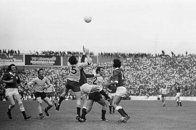 Dublin and Galway both jump for the ball during Dublin player holds his hands up to block Galway's kick towards the goal during <br /> the All Ireland Senior Gaelic Football Championship Final Dublin V Galway at Croke Park on the 22nd September 1974. Dublin 0-14 Galway 1-06.