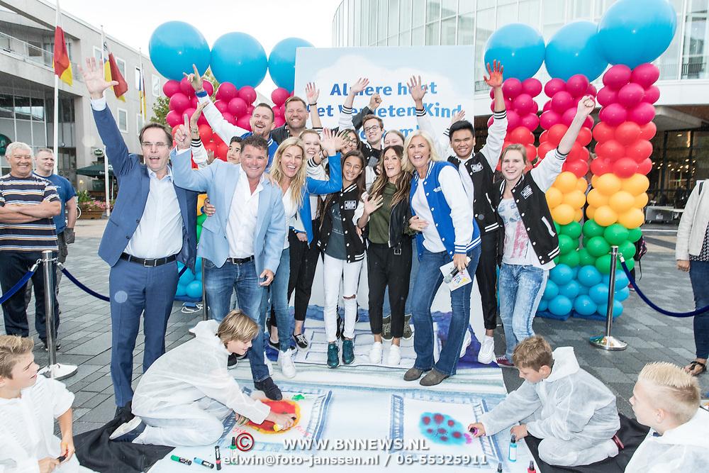 NLD/Almere/20170831 - Bekendmaking Het Huis van stichting Het Vergeten Kind, Saar Koningsberger, Wolter Kroes, Irene Moors, Johnny de Mol, Lucille Werner en andere ambassadeurs