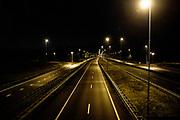 Avondklok op de A1 bij Baarn ,Nederland. In heel Nederland geldt vanaf zaterdag 23 januari een avondklok. Dat betekent dat iedereen tussen 21.00 uur 's avonds en 04.30 uur 's ochtends binnen blijft.
