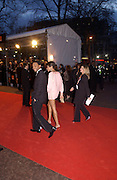 Halle Berry, Arriving for the Baftas, Leicester Sq. 23  February 2003. © Copyright Photograph by Dafydd Jones 66 Stockwell Park Rd. London SW9 0DA Tel 020 7733 0108 www.dafjones.com