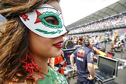 October 29, 2017 - Mexico-City, Mexico - Motorsports: FIA Formula One World Championship 2017, Grand Prix of Mexico, .grid girl  (Credit Image: © Hoch Zwei via ZUMA Wire)