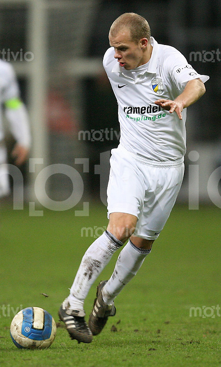 Jena , 190107 , Saison 2006/2007 ; Fussball 2.Bundesliga FC Carl Zeiss Jena - Kickers Offenbach  Tobias WERNER (Jena) am Ball