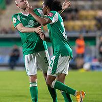 12.09.2020, Ernst-Abbe-Sportfeld, Jena, GER, DFB-Pokal, 1. Runde, FC Carl Zeiss Jena vs SV Werder Bremen<br /> <br /> <br /> Tahith Chong (Werder Bremen #22) auf dem weg zum 0:2 gegen Lukas Sedlak (Carl Zeiss Jena #12)<br /> Jubel mit Davy Klaassen (Werder Bremen #30)<br /> <br />  <br /> <br /> <br /> Foto © nordphoto / Kokenge