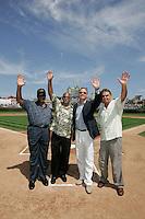 Chicago Cubs HOF players Ernie Banks, Billy Williams, Ryne Sandberg and Ron Santo