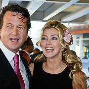 NLD/Tilburg/20101010 - Inloop musical Legaly Blonde, Brigitte Nijman en partner Robert Veuger