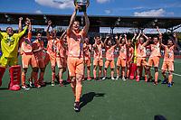 AMSTELVEEN - Mirco Pruyser (Ned)     met beker  viert het kampioenschap tijdens de finale van het EK Hockey tussen Duitsland en Nederland in het Wagener Stadion op 12 juni 2021 in Amstelveen. COPYRIGHT KOEN SUYK