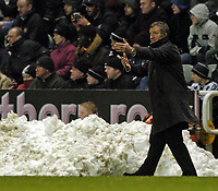 Fotball<br /> FA-cup 2005<br /> Newcastle v Chelsea<br /> 20. februar 2004<br /> Foto: Digitalsport<br /> NORWAY ONLY<br /> Newcastle manager Graeme Souness mastermind's his side's excellent victory over Chelsea