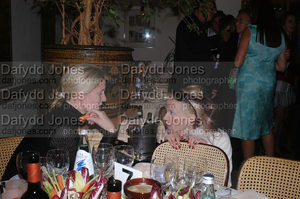 Sidney Finch and Daphne Guinness. Dinner at San Lorenzo, Beauchamp Place after Tod's hosts Book signing with Dante Ferretti celebrating the launch of 'Ferretti,- The art of production design' by Dante Ferretti. 19 April 2005.  ONE TIME USE ONLY - DO NOT ARCHIVE  © Copyright Photograph by Dafydd Jones 66 Stockwell Park Rd. London SW9 0DA Tel 020 7733 0108 www.dafjones.com
