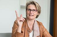 12 APR 2019, BERLIN/GERMANY:<br /> Anja Karliczek, CDU, Bundesministerin fuer Forschung und Bildung, waehrend einem Interview, in ihrem Buero, Bundesministerium fuer Forschung un Bildung<br /> IMAGE: 20190412-01-020<br /> KEYWORDS: Büro