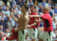 Ronaldo (Utd) celebrates his goal with Wes Brown and Roy keane. Manchester United v Milwall. FA Cup Final 2004 @  The Millennium Stadium,Cardiff. 22/5/2004. <br /> <br /> Foto: Colorsport/Digitalsport<br /> NORWAY ONLY