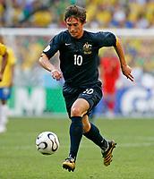 Photo: Glyn Thomas.<br />Brazil v Australia. Group F, FIFA World Cup 2006. 18/06/2006.<br /> Brazil's Harry Kewell.