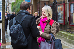 Personal Assistant Robyn, 42, talks with Bild journalist Philip Fabian about Brexit in St James, London. London, January 16 2019.