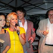 NLD/Hilversum/20120906 - Lancering magazine Gooisch, Mariska van Kolck met het typetje Tippi Wan alias Cystine Carreon Rob van Vuure en Peter Contant