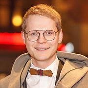 NLD/Amsterdam/20160210 - gasten arriveren bij Correspondents' Dinner 2016, Luuk Ikking
