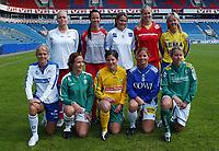 Lagfoto Toppserien 2005: <br /> Randi Bjørkestrand, Sandviken<br /> Maritha Kauffmann, Team Strømmen<br /> Bente Nordby, Asker<br /> Marit Fiane Christensen, Røa<br /> Gøril Kringen, Trondheims-Ørn<br /> Solveig Gulbrandsen, Kolbotn<br /> Ane Stangeland, Klepp<br /> Anne Hagen, Liungen<br /> Marie Knutsen, Kattem<br /> Kristy Moore, Fløya